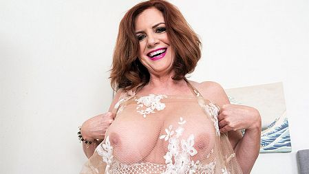 Andi  James - Solo MILF video