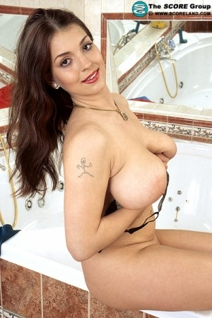 Petra - Solo Big Tits photos