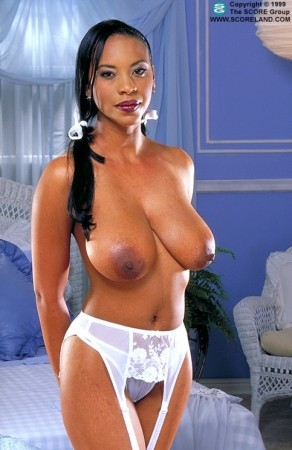 Michelle -  Big Tits photos