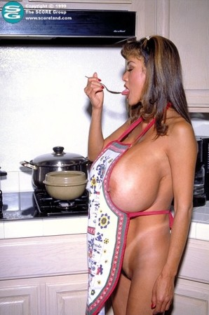 Minka -  Big Tits photos thumb