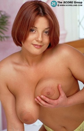 Nadia - Solo Big Tits photos