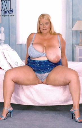 Lou Lou -  BBW photos