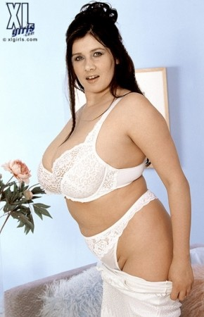 Bozena -  BBW photos
