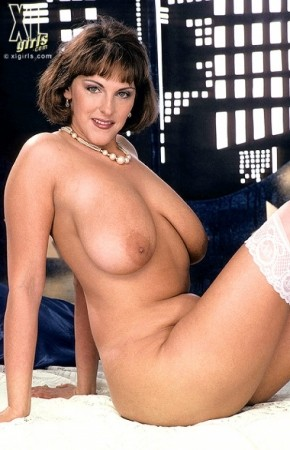 Carol Brown -  BBW photos