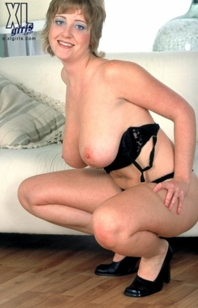 Davina Armstrong -  BBW photos
