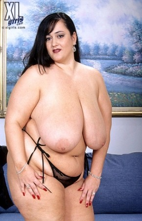 Skyler -  BBW photos