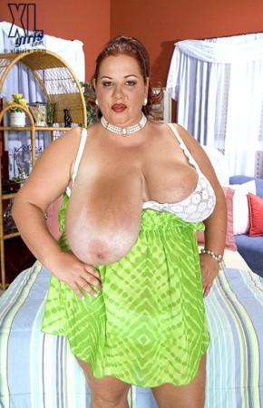 Wonder Tracy -  BBW photos