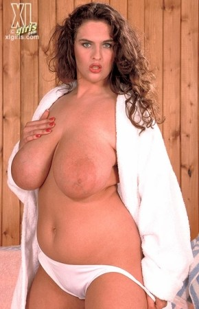 Lisa Miller -  BBW photos