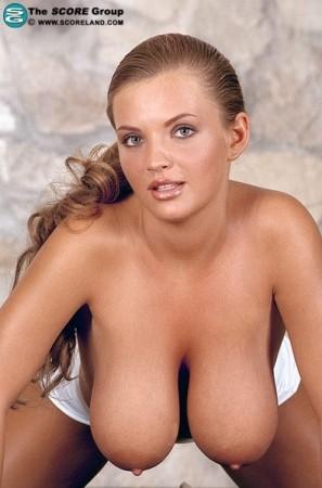 Ines Cudna Score November 2005