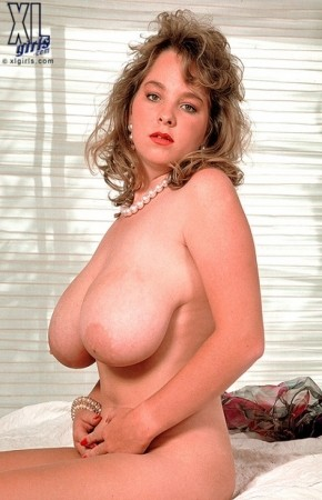 Rhonda Baxter -  BBW photos