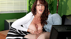 Cassie Cougar - XXX Big Tits video screencap #2