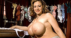 Crystal Gunns - Solo Big Tits video screencap #1