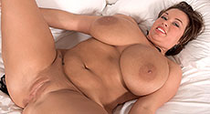 Victoria Lane - Solo Big Tits video screencap #3