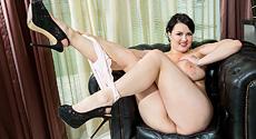 Barbara Angel - Solo Big Tits video screencap #2