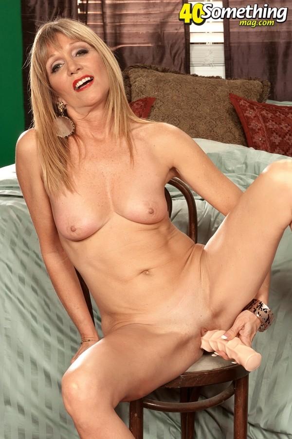 Latina Anal Solo Female
