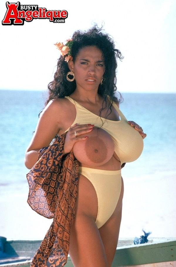 Angelique Beached