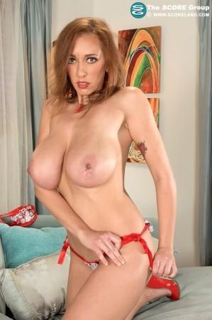 score videos porn model alia janine