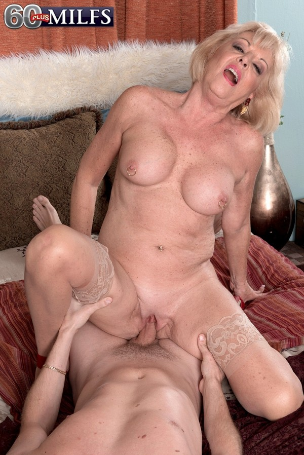 Big booty latina sophia castello video