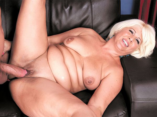 A big cock for the big-assed lady