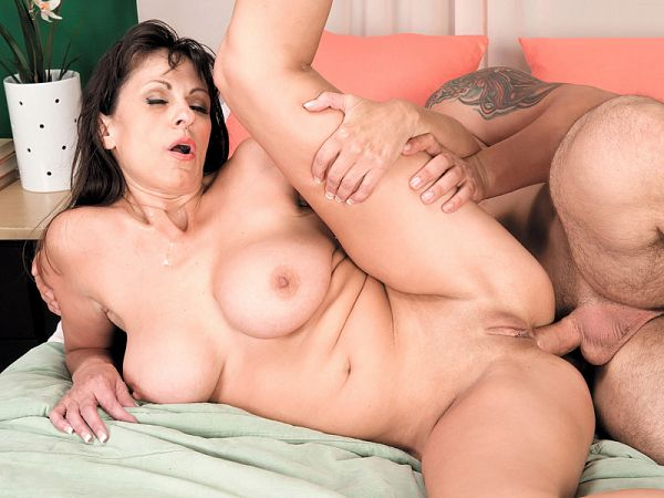 The ass-fucked country club MILF