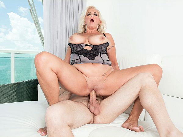 Ass-to-mouth with Brooklynn Rayne