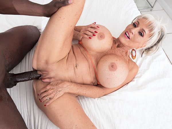 More big, black cock for super-stacked Sally