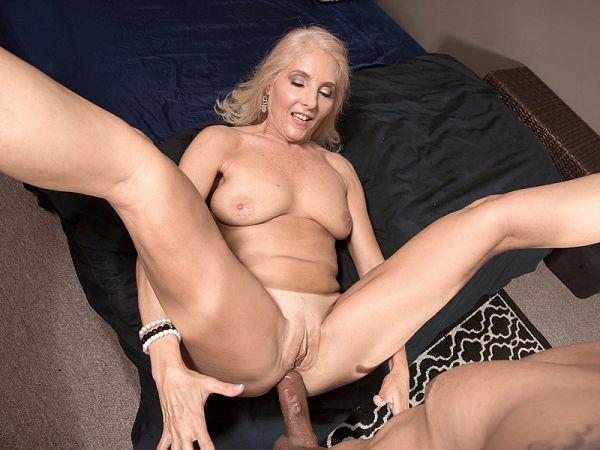 Chery's Anal Appetite