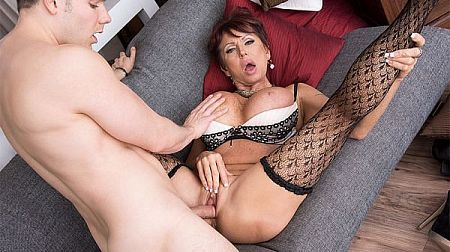 Gina gives new meaning to, Fuck The Boss!