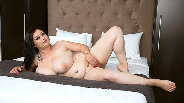 Amie Taylor: The Sexy Girl-Next-Door