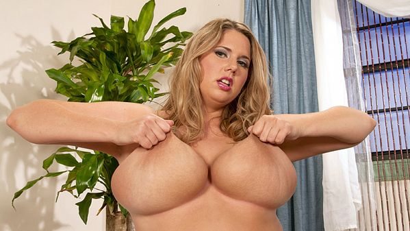 Michelle May: A Girl With A Rack