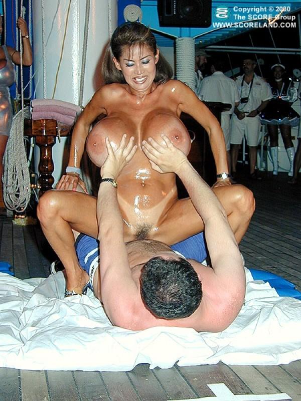 boob cruise tube